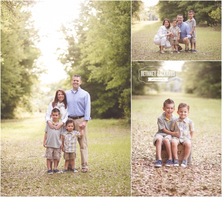 Orlando family photographer session woods